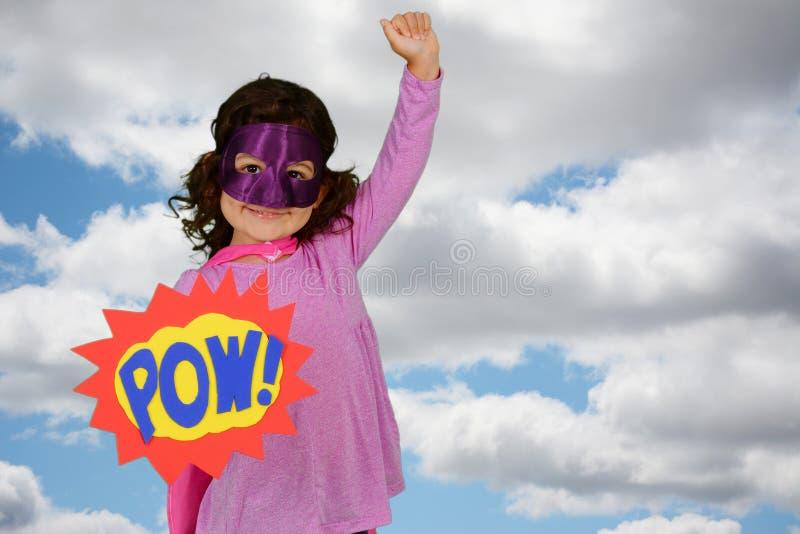 Έξοχος ήρωας κοριτσιών στοκ εικόνα με δικαίωμα ελεύθερης χρήσης