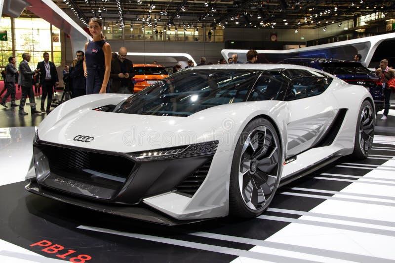 Έξοχο αθλητικό αυτοκίνητο έννοιας ε -ε-tron Audi PB18 που παρουσιάζεται στη έκθεση αυτοκινήτου του Παρισιού στοκ εικόνες