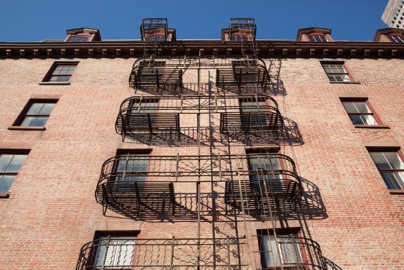 Έξοδοι κινδύνου της Νέας Υόρκης στοκ φωτογραφίες με δικαίωμα ελεύθερης χρήσης