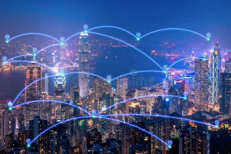 Έξυπνα δίκτυο επικοινωνίας πόλεων και Διαδίκτυο των πραγμάτων στοκ εικόνες