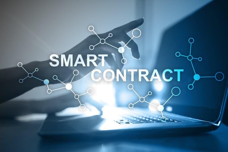 Έξυπνη σύμβαση, blockchain στη σύγχρονη επιχειρησιακή τεχνολογία στοκ εικόνα