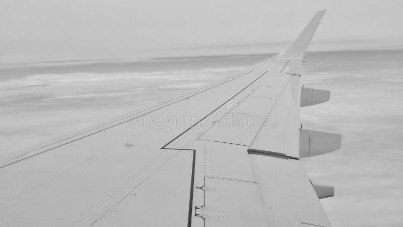 Έξω από το παράθυρο αεροπλάνων στοκ φωτογραφίες με δικαίωμα ελεύθερης χρήσης