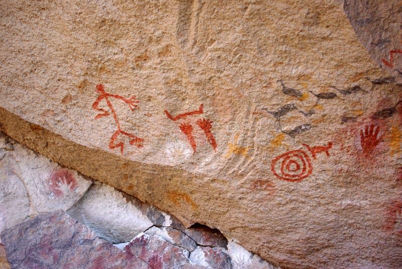 Έργα ζωγραφικής βράχου στην Παταγωνία στοκ εικόνες