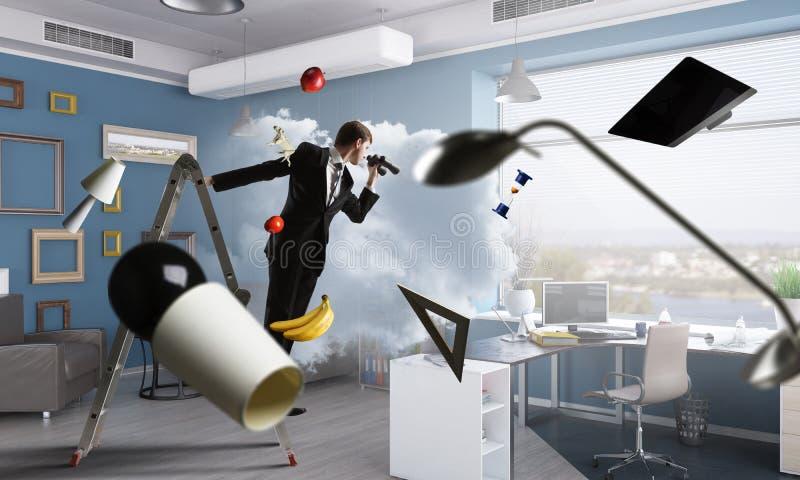 Έρευνα για τις νέες επιχειρησιακές λύσεις στοκ φωτογραφία με δικαίωμα ελεύθερης χρήσης