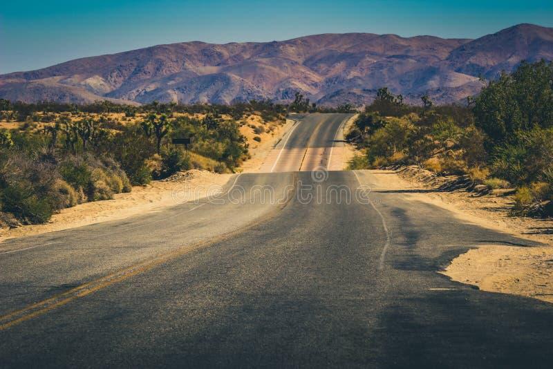 Έρημος Road στοκ φωτογραφίες με δικαίωμα ελεύθερης χρήσης