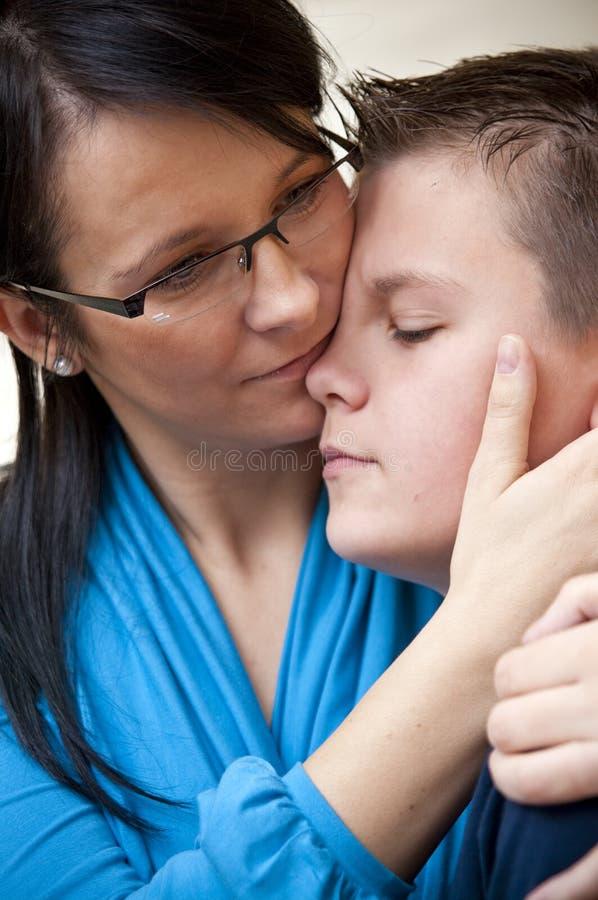 έφηβος μητέρων στοκ εικόνα με δικαίωμα ελεύθερης χρήσης