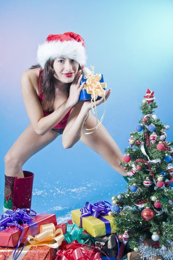 έφηβος χριστουγεννιάτικου δώρου στοκ εικόνες με δικαίωμα ελεύθερης χρήσης