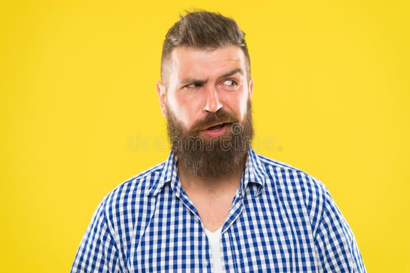 Ήχοι δυσνόητοι Σοβαρό πρόσωπο ατόμων που αυξάνει το φρύδι μη βέβαιο doubts have some Γενειοφόρο πρόσωπο Hipster μη σίγουρο μέσα στοκ φωτογραφία με δικαίωμα ελεύθερης χρήσης