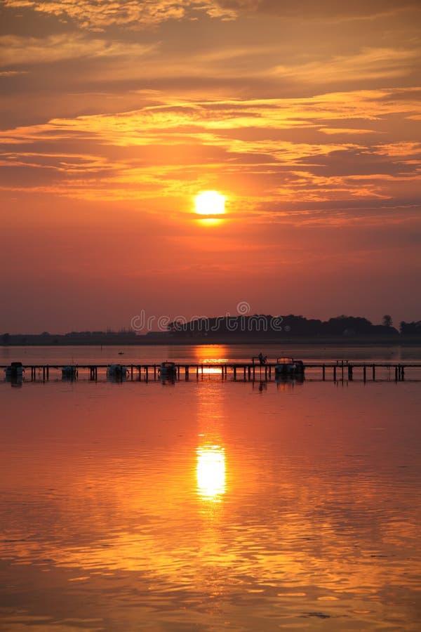 Ήλιος βραδιού στοκ φωτογραφίες με δικαίωμα ελεύθερης χρήσης