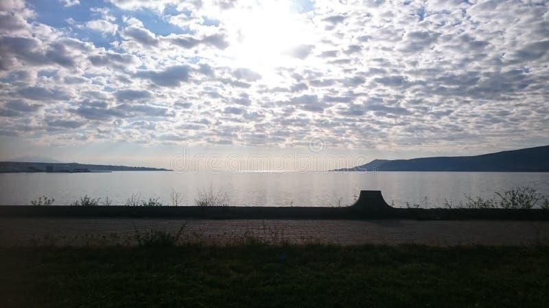 Ήλιος και σύννεφα στοκ φωτογραφίες με δικαίωμα ελεύθερης χρήσης