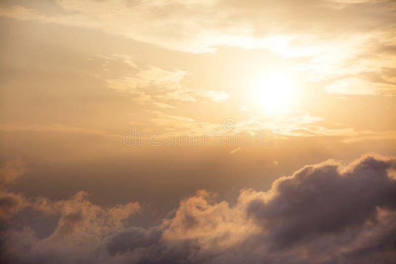 Ήλιος ξημερωμάτων στοκ εικόνες με δικαίωμα ελεύθερης χρήσης