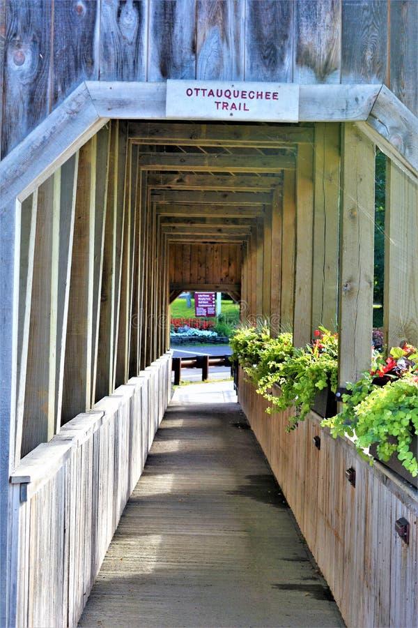 Ίχνος Ottauquechee, χωριό Quechee, πόλη του Χάρτφορντ, κομητεία Windsor, Βερμόντ, Ηνωμένες Πολιτείες στοκ φωτογραφίες με δικαίωμα ελεύθερης χρήσης
