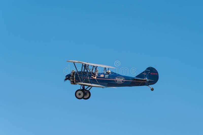1929 αέρας ε-4000 ταξιδιού Curtis-Wright Biplane ενάντια στο μπλε ουρανό στοκ φωτογραφία με δικαίωμα ελεύθερης χρήσης