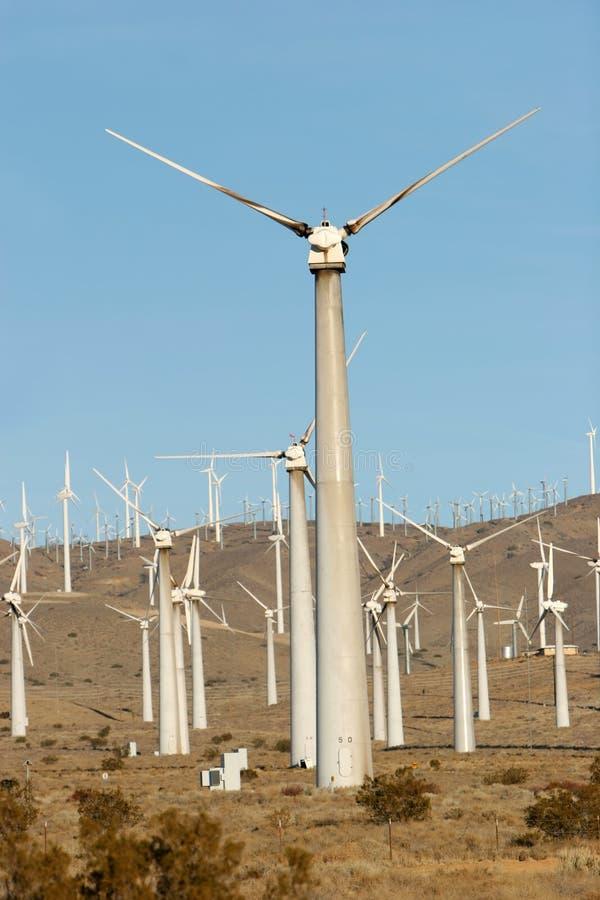 Download αέρας στροβίλων στοκ εικόνες. εικόνα από ανανεώσιμος, παράγετε - 2229792