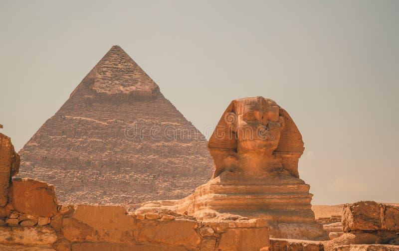 Αίγυπτος, Κάιρο  Στις 19 Αυγούστου 2014 - οι αιγυπτιακές πυραμίδες στο Κάιρο στοκ φωτογραφία
