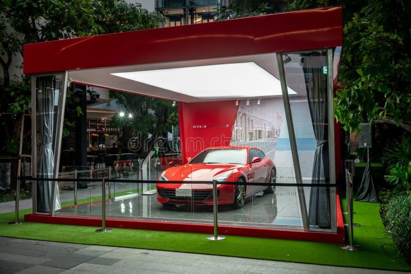 Αίθουσα εκθέσεως Ferrari σε Emquatier, Μπανγκόκ, Ταϊλάνδη, στις 20 Ιουλίου 2018 στοκ εικόνα