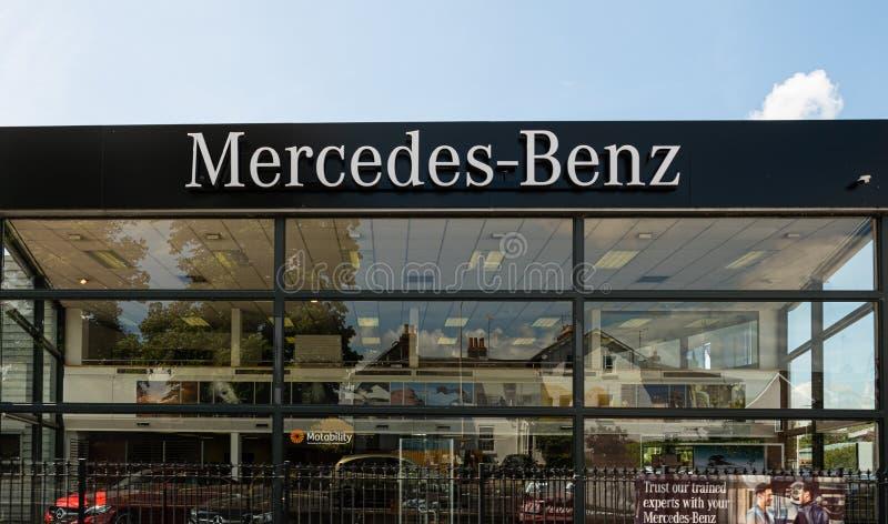 Αίθουσα εκθέσεως Newbury mecredez-Benz στοκ εικόνες με δικαίωμα ελεύθερης χρήσης