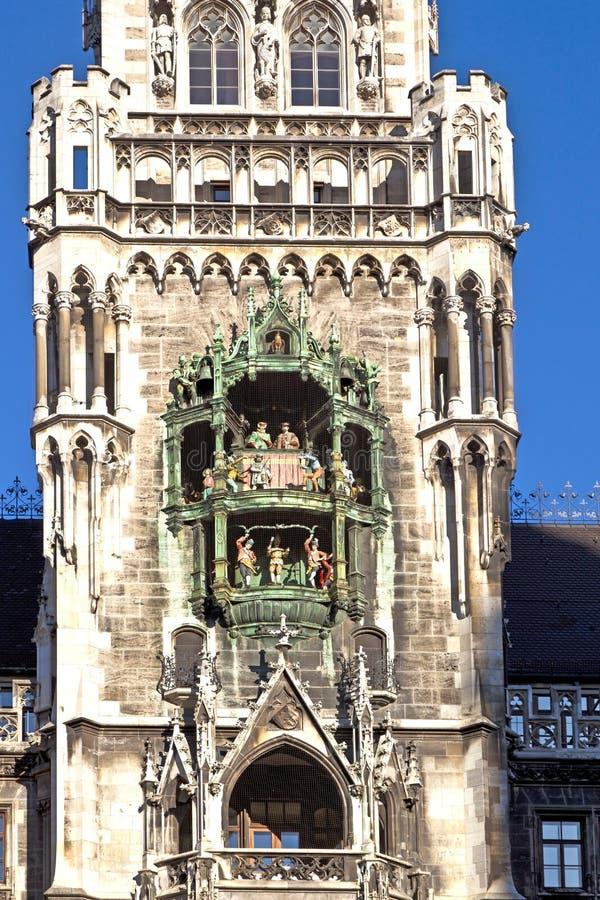Download αίθουσα Μόναχο πόλεων Glockenspiel Στοκ Εικόνες - εικόνα από arroyos, μνημείο: 22794296