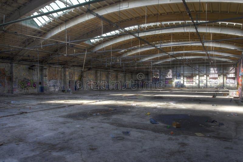 Αίθουσα που εγκαταλείπεται στοκ εικόνες
