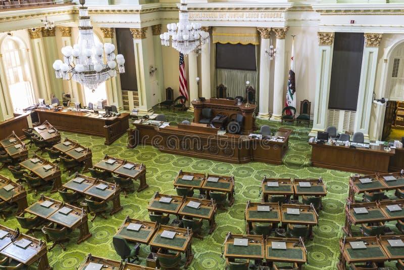Αίθουσα συνεδριάσεων των συνελεύσεων κρατικού Capitol Καλιφόρνιας στοκ εικόνες