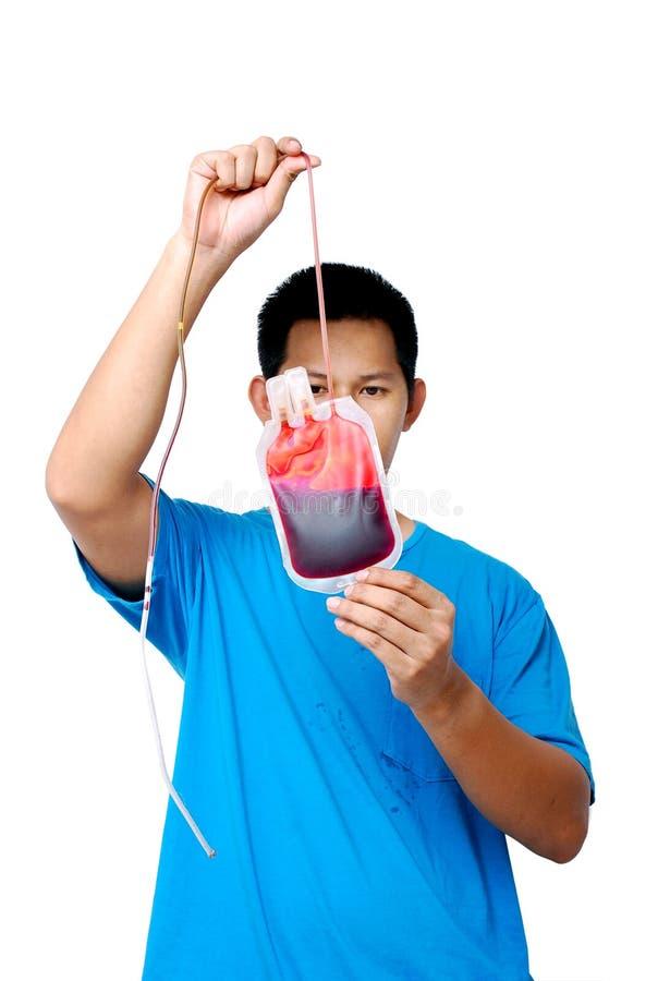 αίμα που ελέγχει το δείγ&m στοκ εικόνα με δικαίωμα ελεύθερης χρήσης