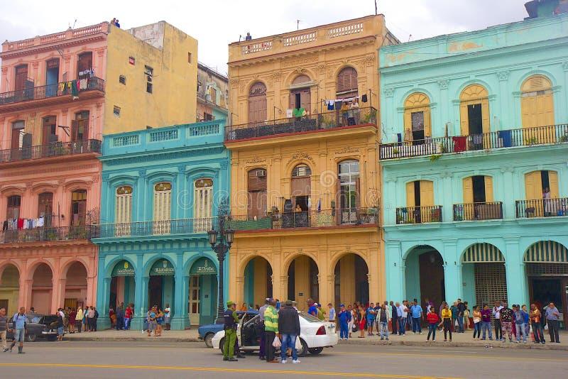 Αβάνα και αυτοκίνητα, Κούβα στοκ εικόνες
