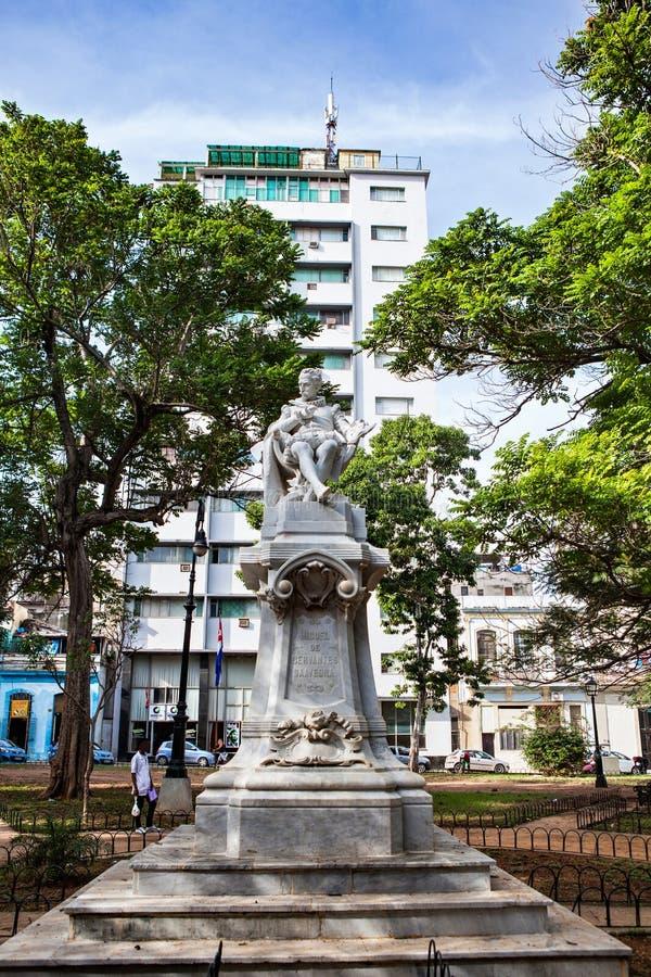 Αβάνα, Κούβα - 12 Δεκεμβρίου 2016: Άγαλμα του Miguel de Θερβάντες στοκ φωτογραφία με δικαίωμα ελεύθερης χρήσης