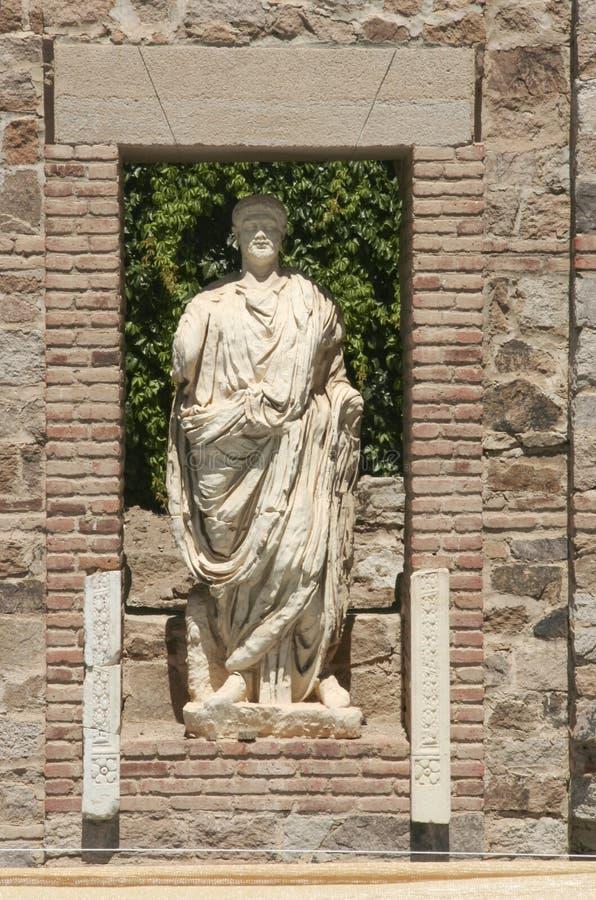 Αγάλματα ελληνικός-ύφους με το πρόσωπο της φήμης του ρωμαϊκού επαρχιακού φόρουμ, Μέριντα στοκ φωτογραφίες με δικαίωμα ελεύθερης χρήσης