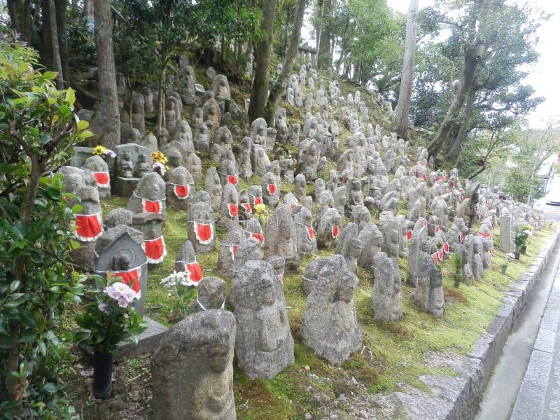 Αγάλματα που φορούν τις ποδιές στοκ φωτογραφίες