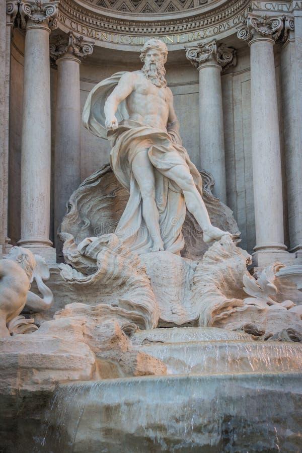 Αγάλματα της πηγής TREVI, Ρώμη, Ιταλία στοκ εικόνες με δικαίωμα ελεύθερης χρήσης