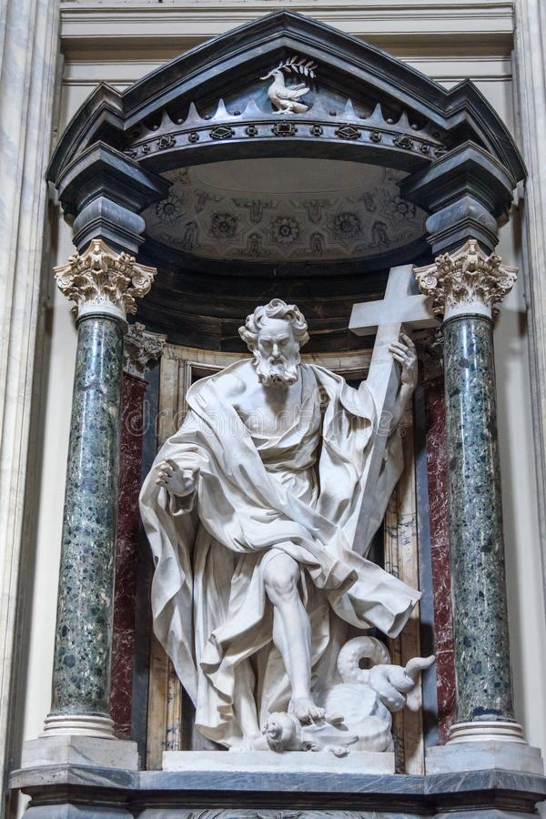 Αγάλματα του αποστόλου ST Philip μέσα Basilica Di SAN Giovanni σε Laterano στη Ρώμη Ιταλία στοκ εικόνες με δικαίωμα ελεύθερης χρήσης