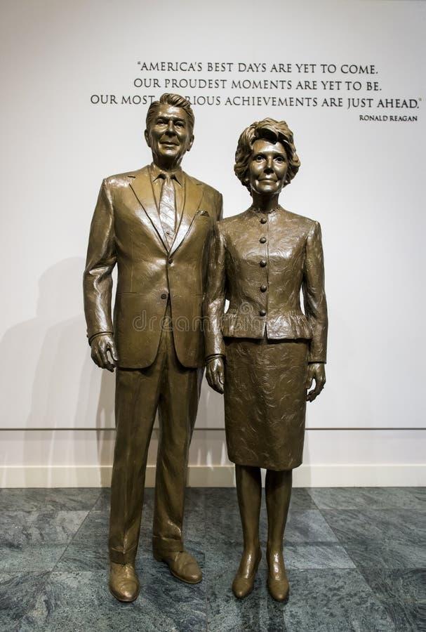 Αγάλματα του Ronald και της Nancy Reagan στοκ φωτογραφία με δικαίωμα ελεύθερης χρήσης