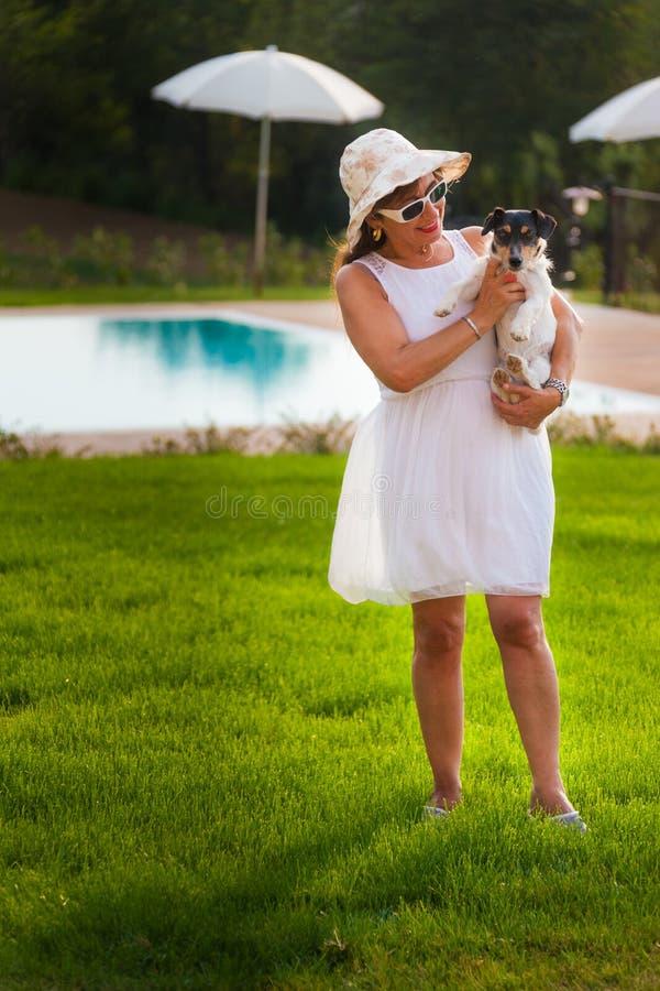 Αγάπη αυτού του σκυλιού στοκ εικόνες με δικαίωμα ελεύθερης χρήσης
