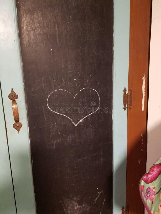 Αγάπη καρδιών πινάκων κιμωλίας στοκ εικόνες με δικαίωμα ελεύθερης χρήσης