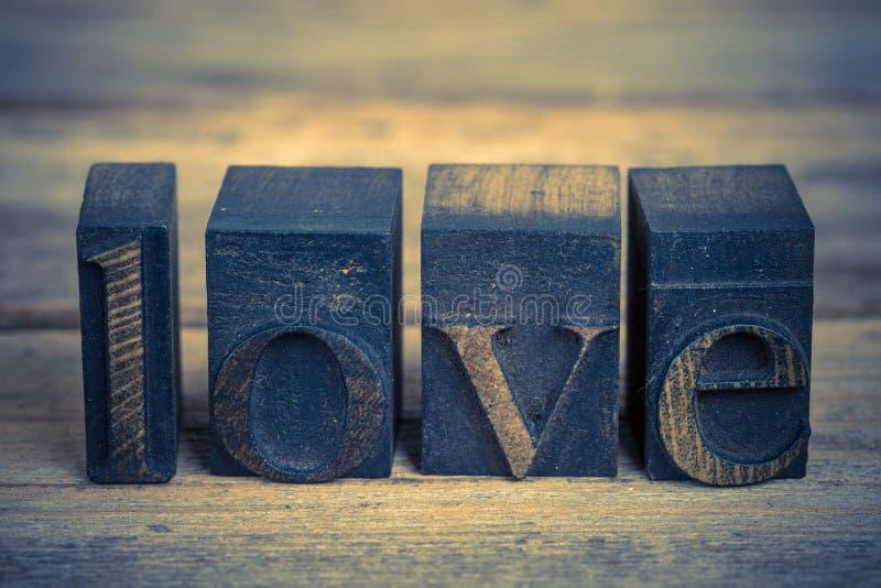 Αγάπη στους φραγμούς εκτύπωσης στοκ εικόνες