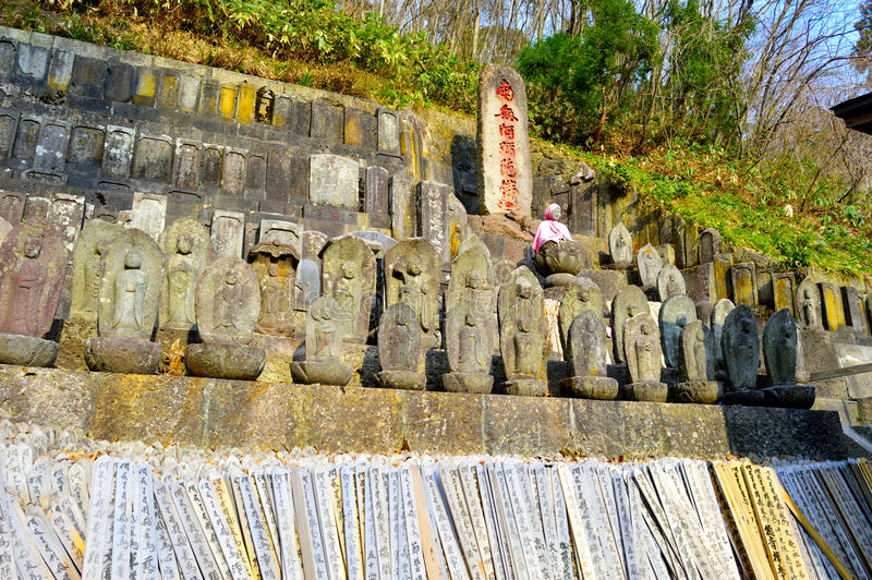 Αγάλματα στο ναό Yamadera σύνθετο στοκ φωτογραφία με δικαίωμα ελεύθερης χρήσης