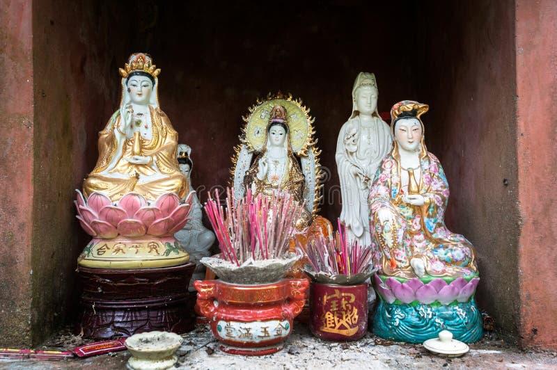 Αγάλματα της ασιατικής βουδιστικής θεάς, Guanyin, η θεά του ελέους στοκ φωτογραφία