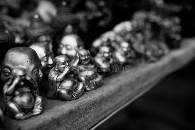 Αγάλματα Buddah για την πώληση στοκ εικόνα