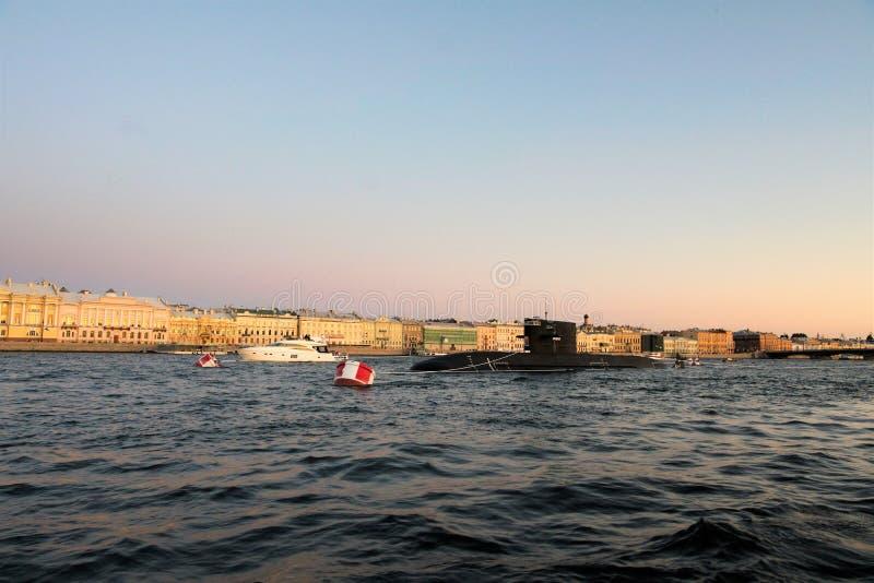 """Αγία Πετρούπολη, Ρωσία, τον Ιούλιο του 2019 Υποβρύχιο """"Kronstadt """"στο αγκυροβόλιο στον ποταμό Neva στοκ εικόνες με δικαίωμα ελεύθερης χρήσης"""