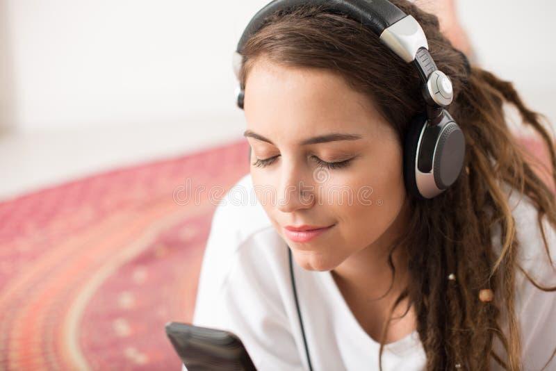 Αγαπημένο τραγούδι στοκ εικόνες με δικαίωμα ελεύθερης χρήσης