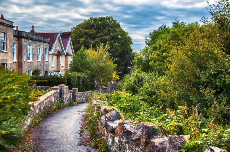 Αγγλικό χωριό βραδιού στοκ εικόνα