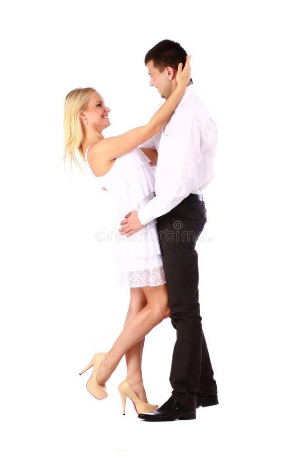Αγκάλιασμα ζεύγους στοκ φωτογραφίες με δικαίωμα ελεύθερης χρήσης