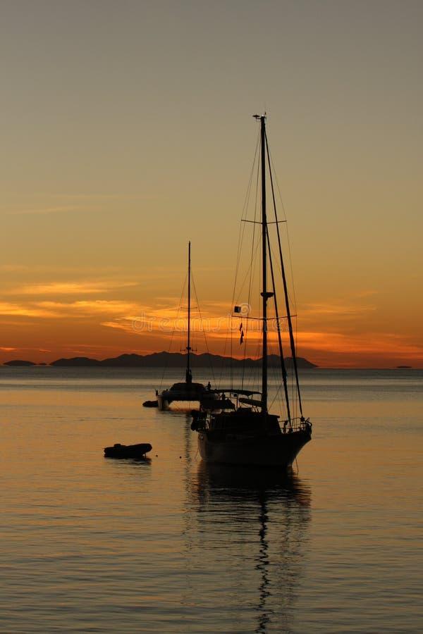 Αγκυροβόλιο ηλιοβασιλέματος στο Whitsundays στοκ φωτογραφία με δικαίωμα ελεύθερης χρήσης