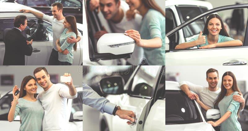 αγοράζοντας ζεύγος αυτοκινήτων στοκ εικόνες