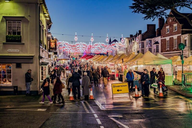 Αγορά και φω'τα Χριστουγέννων στοκ εικόνες