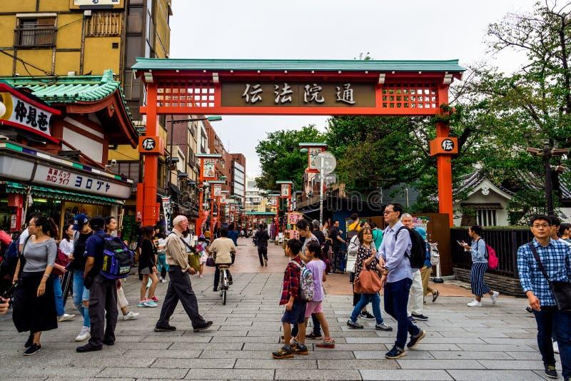 Αγορά οδών στο ναό ή Asakusa TempleTokyo, Ιαπωνία Sensoji 22 Σεπτεμβρίου 2018 στοκ φωτογραφία με δικαίωμα ελεύθερης χρήσης