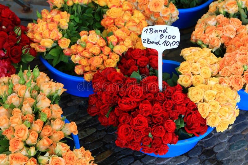 Αγορά λουλουδιών, Freiburg στοκ εικόνα