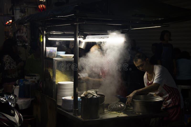 Αγορά τροφίμων νύχτας σε Penang, Μαλαισία στοκ εικόνα με δικαίωμα ελεύθερης χρήσης
