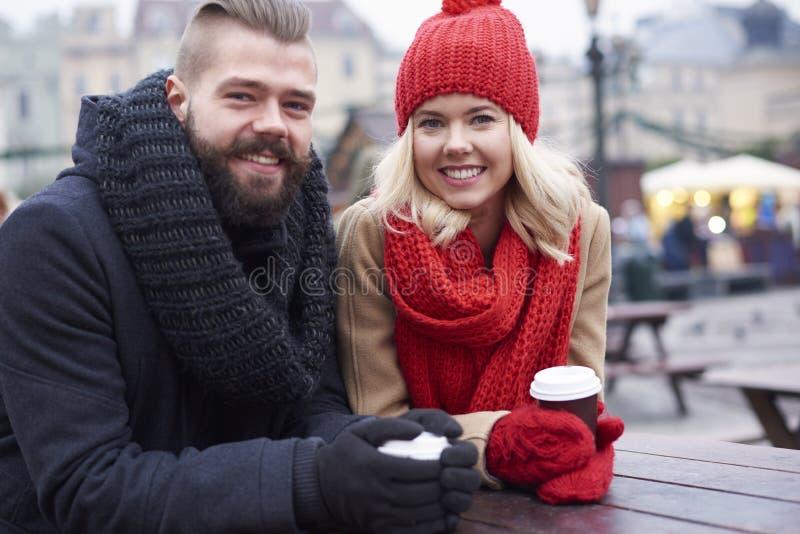 Αγορά Χριστουγέννων με την αγάπη του προσώπου στοκ εικόνες με δικαίωμα ελεύθερης χρήσης