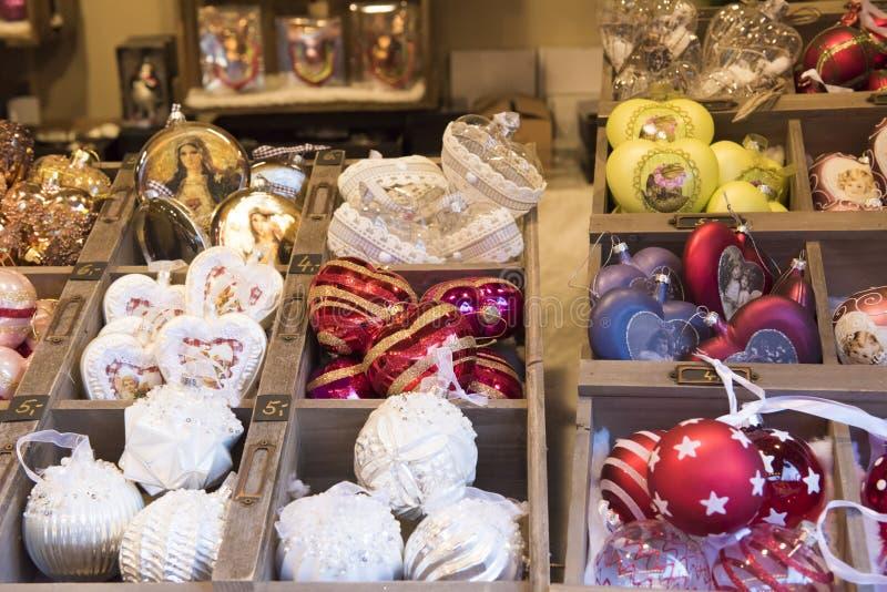 Αγορά Χριστουγέννων με το ιπποδρόμιο στοκ φωτογραφία